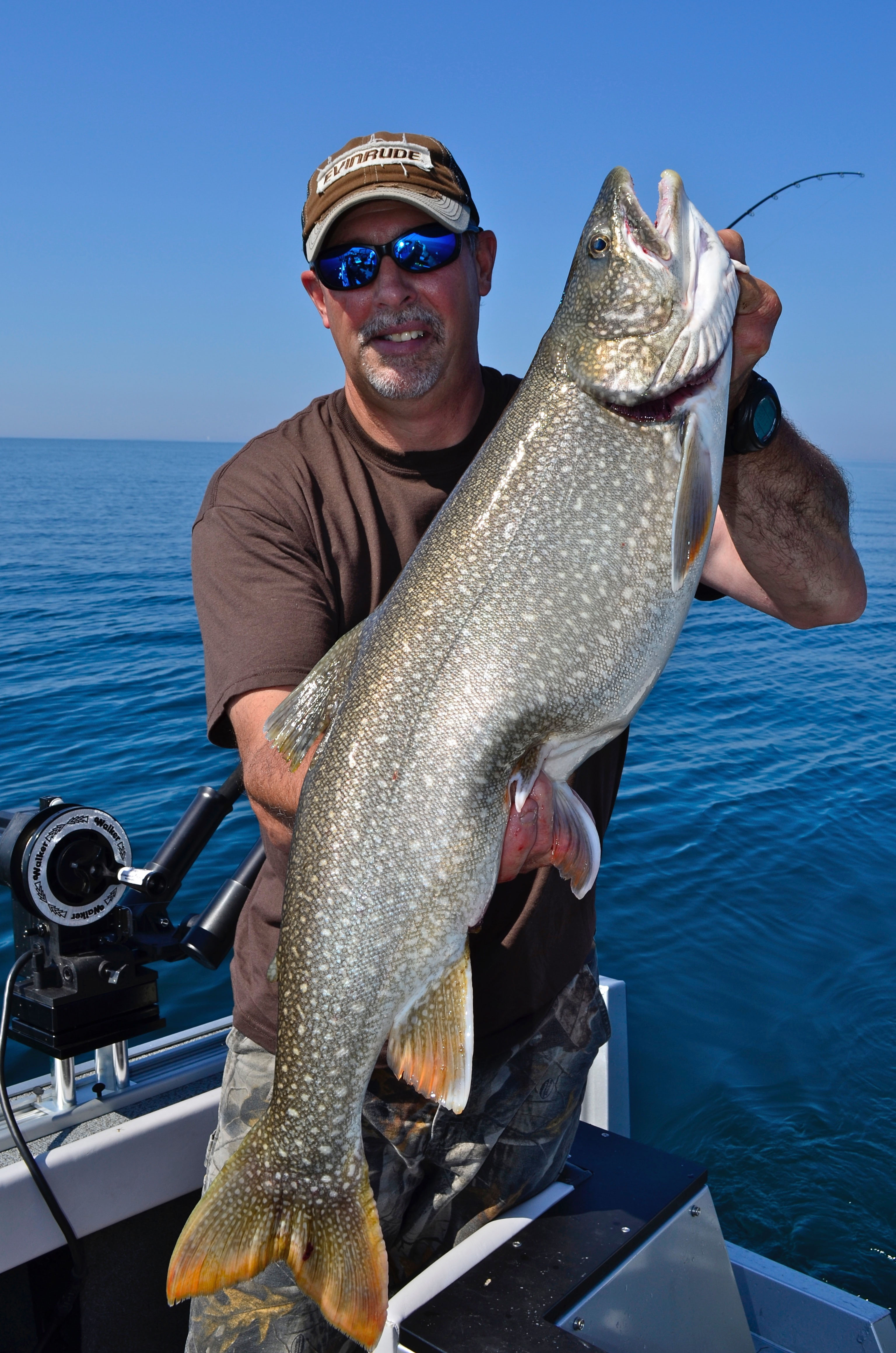 Attractor trolling for lake trout try these tips tricks for How to fish for lake trout